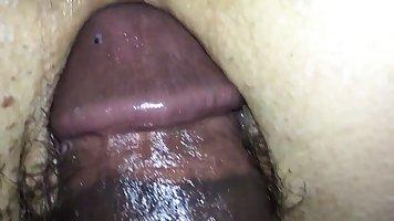 Негр пригласил подругу домой и снял с ней домашнее порно ради удовольствия
